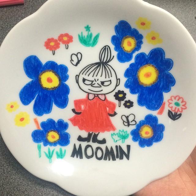 【DIY】100円ショップの食器と「陶器用のペン」でオリジナルの食器が作れちゃう!